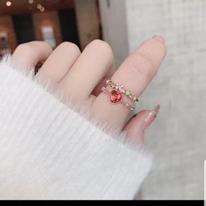New adjustable sweet heart flower red hear ring